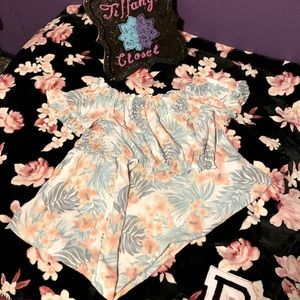 Ocean Drive Hawaiian Print 2 piece outfit.